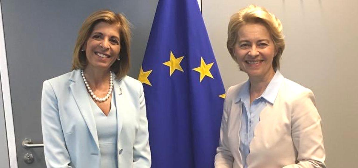 Stella Kyriakides, propuesta a ser comisaria de Salud de la UE, junto a Ursula von der Leyen, presidenta de la Comisión Europea (Foto: @kyriakidestella).