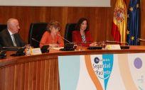 Faustino Blanco, María Luisa Carcedo y Yolanda Agra. (Foto: Ministerio de Sanidad)