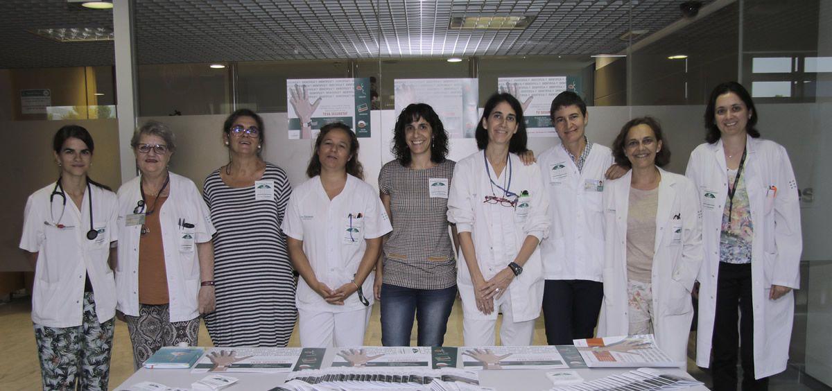 En el Día Mundial de la Seguridad del Paciente, Son Espases ha instalado una mesa informativa en el vestíbulo de Consultas Externas (Foto. Baleares)