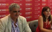 El secretario general de la FSS CCOO, Antonio Cabrera y la secretaria general de la FSS CCOO PV, Rosa Atiénzar. (Foto. CCOO PV)