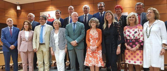Representantes del Ministerio de Sanidad y de las comunidades autónomas en una reciente reunión (Foto: ConSalud)