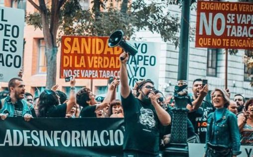 """Los vapeadores advierten a Carcedo: """"Estos mensajes cuestan vidas"""""""