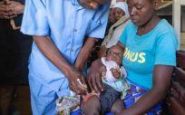 Programa piloto de vacunación contra la malaria en Kenia (Foto. OMS)