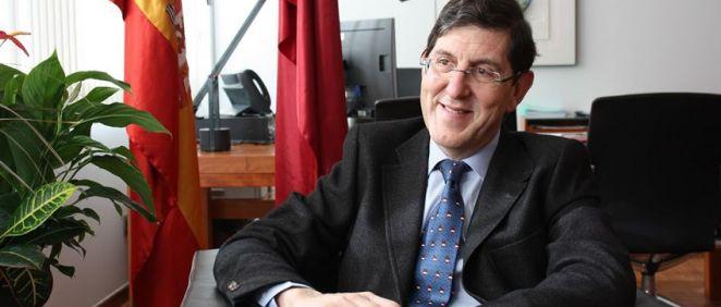 El consejero de Salud de la Región de Murcia, Manuel Villegas. Interior (Foto. CARM)