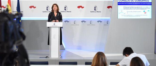 Rueda de prensa de la consejera de Igualdad y portavoz, Blanca Fernández (Foto. Castilla La Mancha)