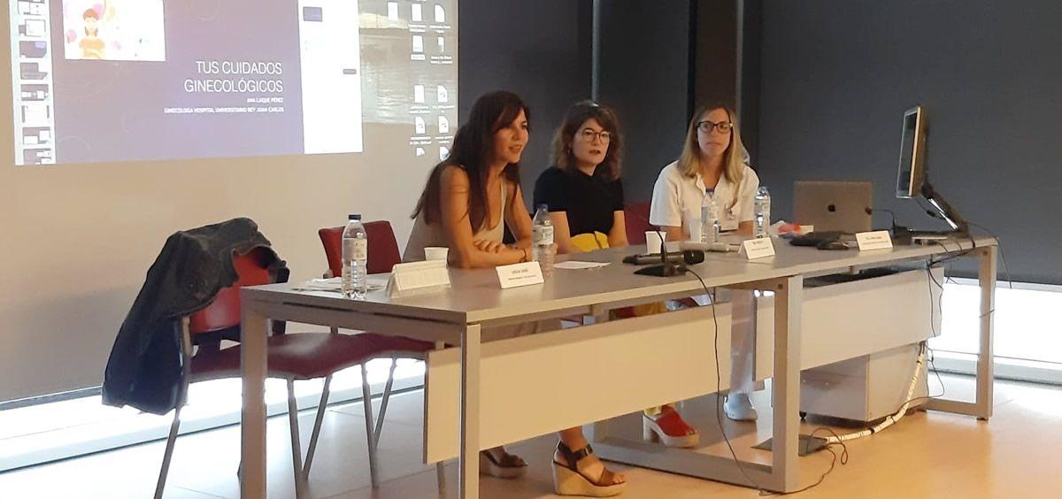 Las profesionales participantes en la jornada contestaron preguntas y dudas de las asistentes (Foto: Hospital Universitario Rey Juan Carlos)