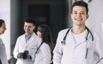 Profesionales sanitarios en el hospital (Foto. Freepik)