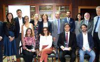 Los finalistas, miembros del jurado y participantes en el acto de presentación de los proyectos mejor valorados en el Reto MSD (Foto. ConSalud)