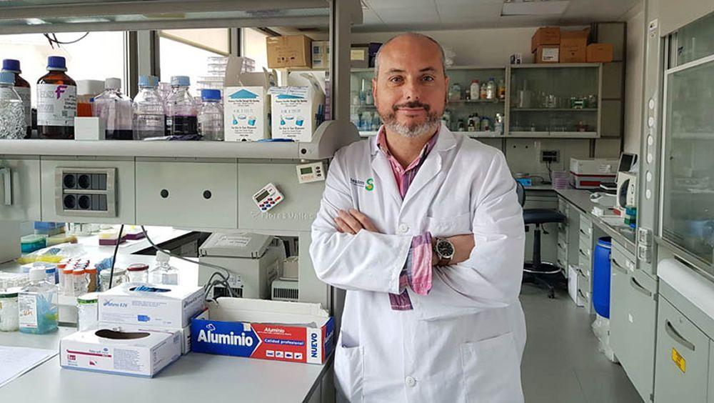 El doctor Alberto Ocaña, director de la Unidad CRIS Contra el Cáncer de Nuevas Terapias en el Hospital Clínico San Carlos de Madrid (Foto: Universidad de Castilla-La Mancha)