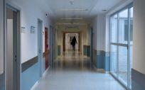 Pasillo de un centro hospitalario