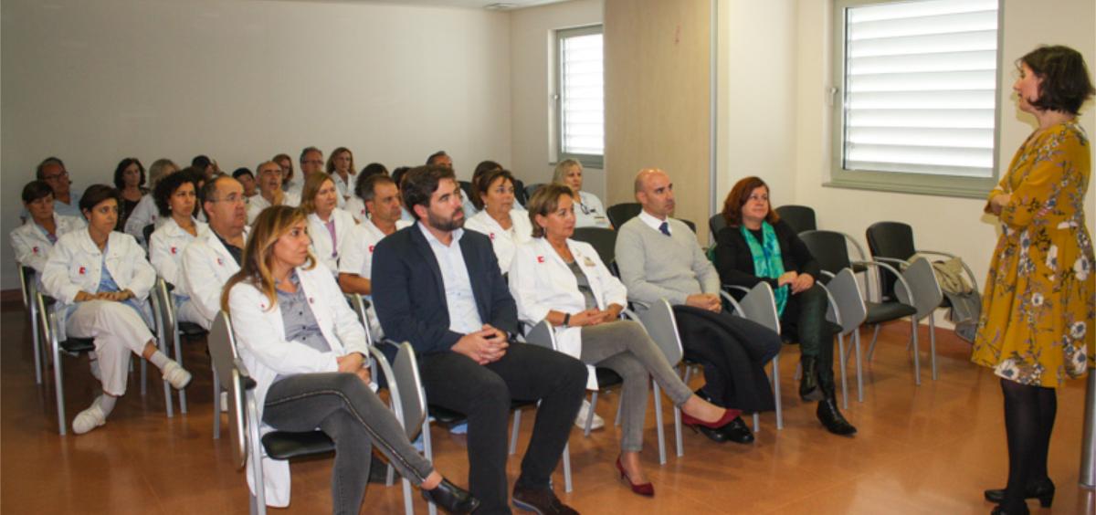 Paloma Navas durante la presentación de la campaña de vacunación contra la gripe en Laredo (Foto. Gobierno de Cantabria)