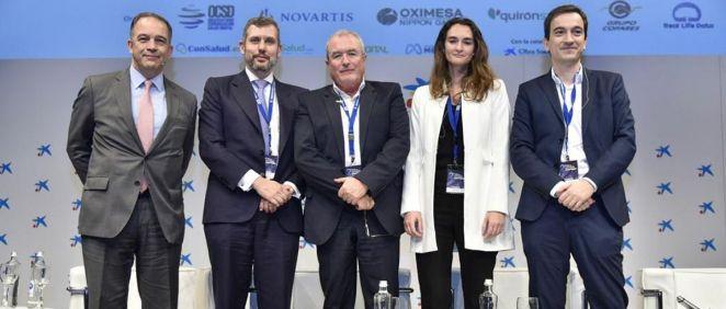 Integrantes de la mesa 'Servicios sanitarios futuros. Medicina conectada', del II Foro Comunicación Salud Digital (Foto. Miguel Ángel Escobar)