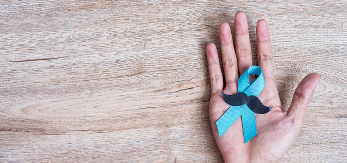 """Movimiento """"Movember"""" para concienciar sobre el cáncer de próstata (Foto.Freepik)"""