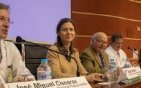El consejero Jesús Aguirre, en el VII Encuentro Pirasoa con motivo del Día Europeo para el Uso Prudente de los Antibióticos. (Foto. Junta de Andalucía)