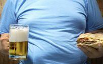 Hombre con obesidad. (Foto.Freepik)
