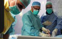 Equipo de cirugía cardiovascular del Hospital Quirónsalud Sagrado Corazón- Neolaser Cardiovascular  (Foto. Quirónsalud Sagrado Corazón)