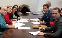 Representantes de Ribera Salud y del Comité de Empresa del Hospital Universitario de Torrejón (Foto. Hospital Universitario de Torrejón)