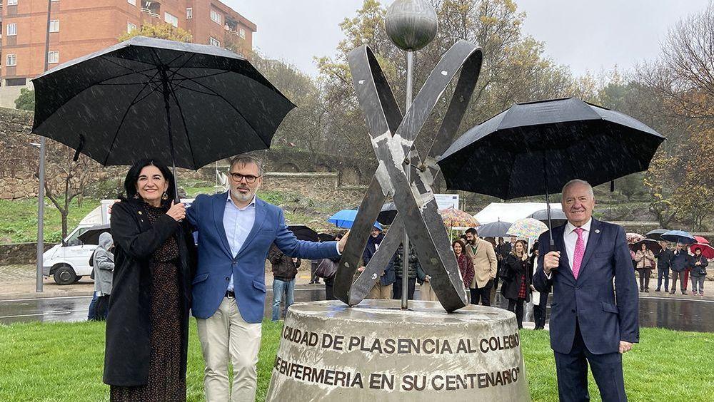 Inauguración de la glorieta en Plasencia (Foto. Consejo General de Enfermería)