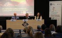 De izquierda a derecha: Eduardo García, Ana Pérez y Gema Casado, durante la presentación del curso de experto (Foto: Coloplast)
