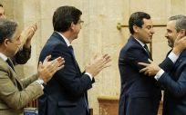 Parte del Gobierno andaluz tras la aprobación de los presupuestos de 2020 (Foto: Parlamento de Andalucía)