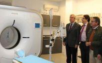 Inauguración de un nuevo TAC para el Hospital Tierra de Barros de Almendralejo (Badajoz) (Foto. Junta de Extremadura)