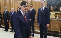 Salvador Illa, ministro de Sanidad, promete su cargo ante el rey Felipe VI (Foto: Casa Real)