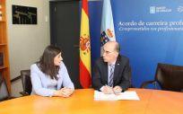 Leticia Santos Paz, alcaldesa de Moaña, y Jesús Vázquez Almuiña, consejero de sanidad (Foto. Junta de Galicia)