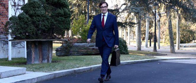 El ministro de Sanidad, Salvador Illa, a su llegada al Palacio de La Moncloa (Foto: @sanidadgob)