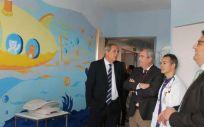 El consejero de Sanidad de Extremadura, José María Vergeles durante la visita a las nuevas instalaciones del Hospital San Pedro de Alcantara (Foto. Junta de Extremadura)