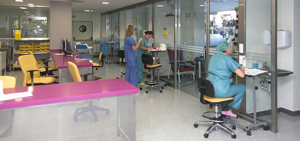 Sanitarios en laboratorio. (Foto. Junta de Andalucía)