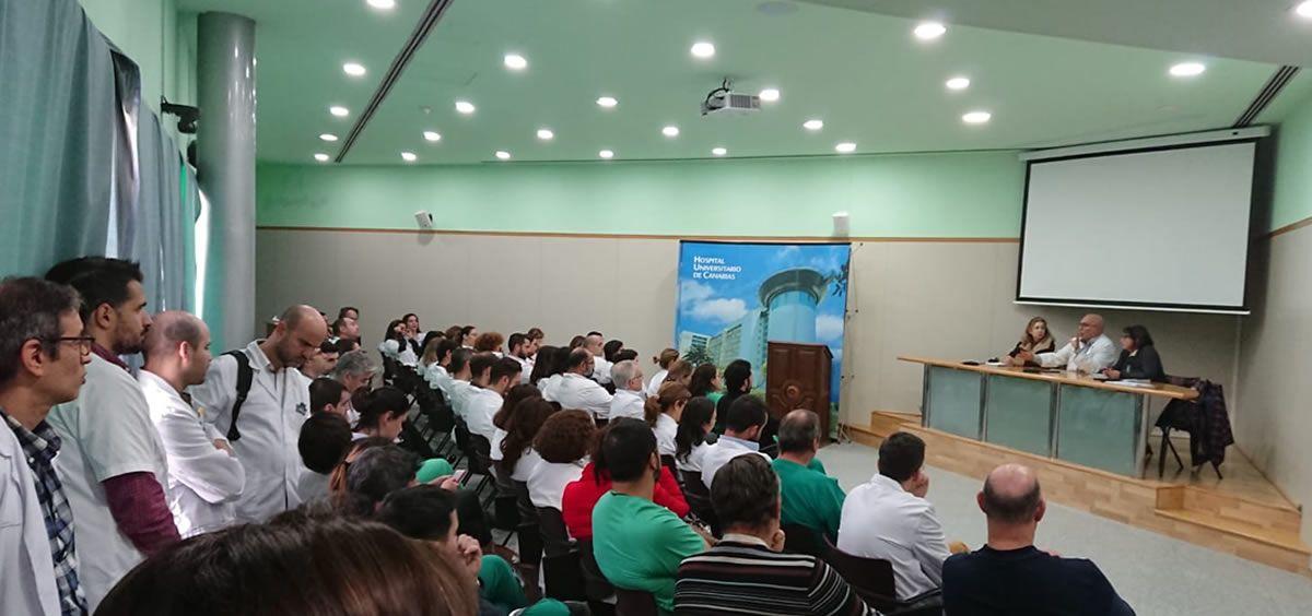 Imagen de una asamblea de CESM Tenerife celebrada en el Hospital Universitario de Canarias. (Foto. CESM Tenerife)