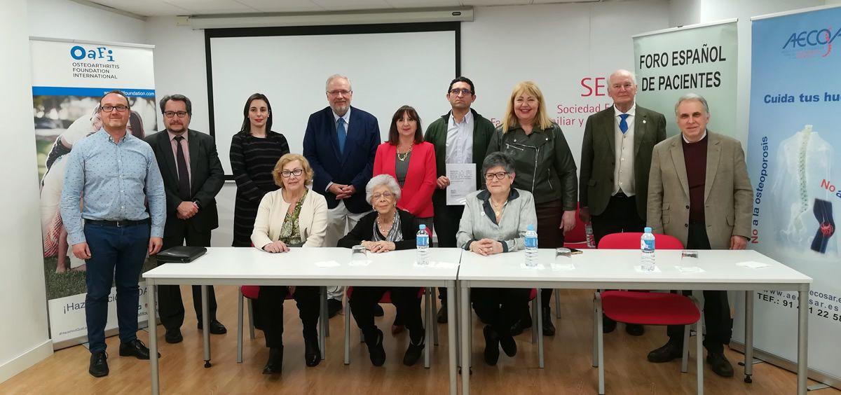 Pacientes y profesionales sanitarios, unidos para evitar la desfinanciación de los SYSADOA (Foto: Juanjo Carrillo Córdoba - ConSalud.es)