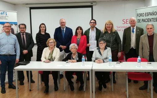 Frente común de profesionales y pacientes para frenar la desfinanciación de los SYSADOA
