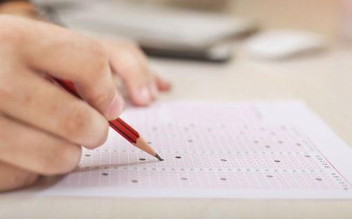 MIR 2020: los médicos se juegan su futuro en un examen con novedades en formato y tiempo