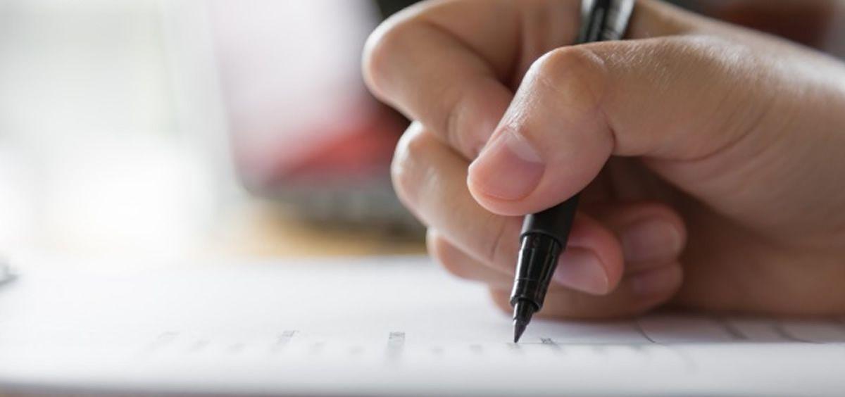 El examen consta de un total de 175 preguntas más 10 de reserva y los aspirantes dispondrán de un tiempo máximo para la realización de la prueba de cuatro horas (Foto. Freepik)