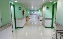 Pasillo de un hospital. (Foto. ConSalud.es)