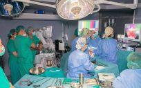 Medio centenar de profesionales se forman en Povisa sobre cirugía de cáncer de recto
