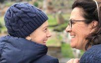 Carmen Díaz junto a su hija Candela durante un viaje a Roma. (Foto. ConSalud)