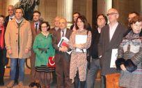 Representantes de CC.OO., CSIF y UGT con miembros del PSOE (Foto: Fespugt.es)