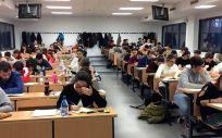 El examen MIR no acaba con la incertidumbre de los médicos: casi 7.000 se quedarán sin plaza