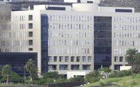 Fachada del Hospital Doctor Negrín (Foto. ConSalud)