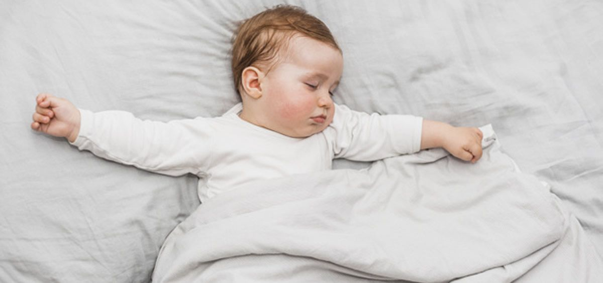 Alrededor del 40% de los progenitores han mostrado preocupación por el sueño de sus bebés cuando estos contaban con ocho meses de edad (Foto. Freepik)