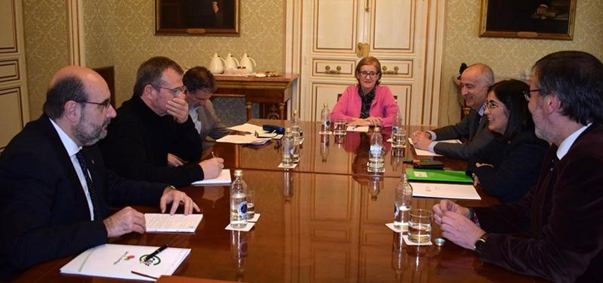 Representantes de CSIF junto a la ministra de Política Territorial y Función Pública, Carolina Darias. (Foto. Ministerio de Pol. Territorial y Función Pública)