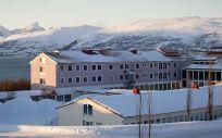 """En su entrada deja claras cuáles son sus intenciones a la hora de tratar a los pacientes: """"medikamentfritt behandlingstilbud"""", es decir, """"tratamiento libre de medicamentos"""" (Foto. University Hospital of North Norway)"""