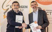 De izquierda a derecha: el doctor José Luis Llisterri y Julio Agredano (Foto: Freno al Ictus)