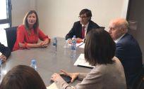 Foto de archivo de una reunión anterior entre Salvador Illa, ministro de Sanidad, junto a Patricia Gómez, consejera de Salud de Baleares (Foto: Gobierno de Baleares)