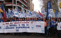 Técnicos en Cuidados de Enfermería durante la manifestación celebrada en Madrid. (Foto. SAE)