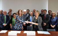 Las consejeras de Salud, Alba Vergés, y de Empresa y Conocimiento, Ángeles Chacón (Foto. Generalitat de Cataluña)