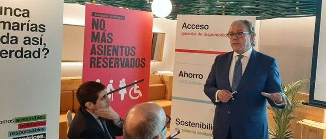 El secretario general de la Asociación Española de Medicamentos Genéricos (Aeseg), Ángel Luis Rodríguez de la Cuerda, durante la presentación de la campaña. (Foto. ConSalud)