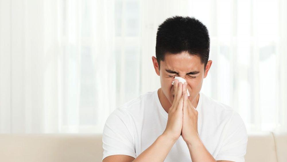 Sinusitis y rinitis, segunda fase de la campaña sanitaria en farmacias sobre patologías ORL. (Foto. Freepik)